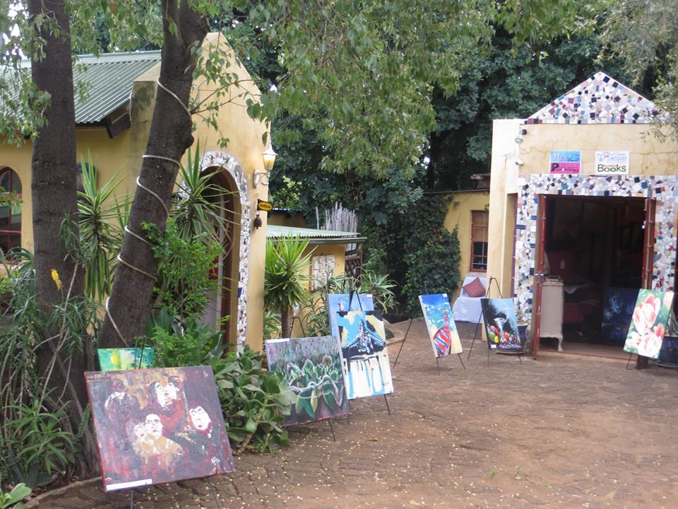 Artichoke Gallery